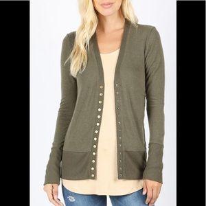Women's Olive Green Zenana Button Sweater Size Sm